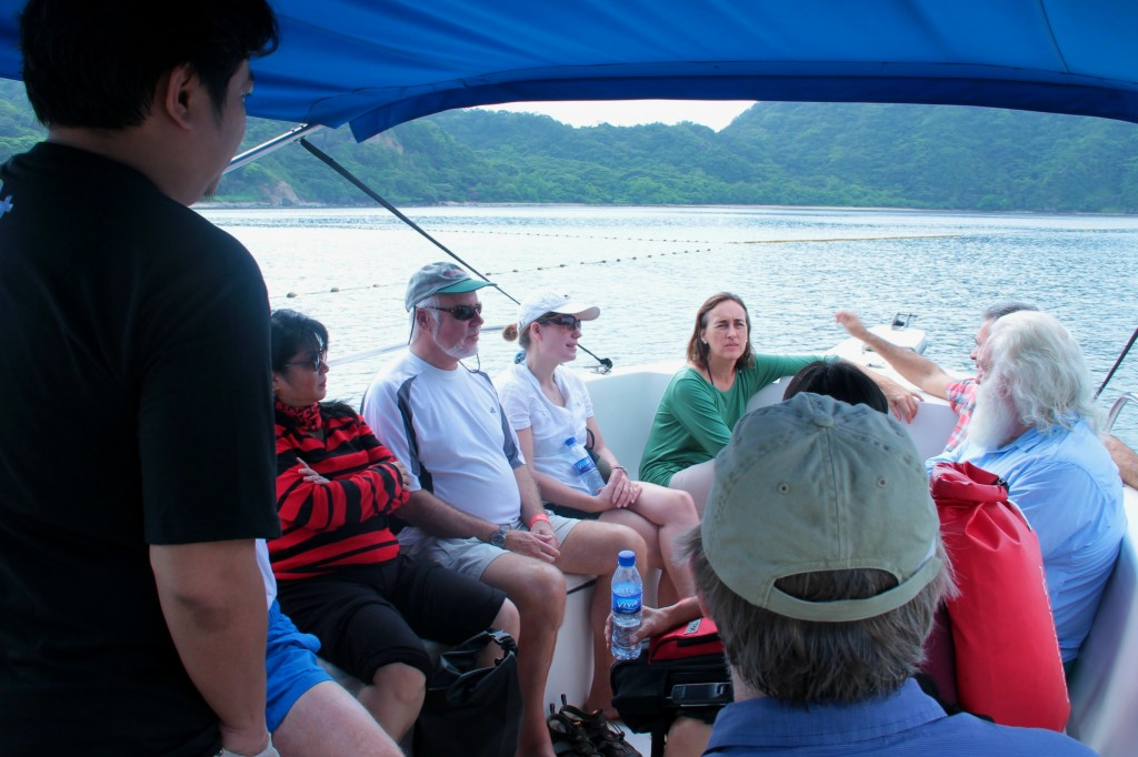Representatives of the Multilateral Financial Institutions Working Group on Environment visit one of the marine protected areas in Nasugbu (Photo by CTKNetwork.org)