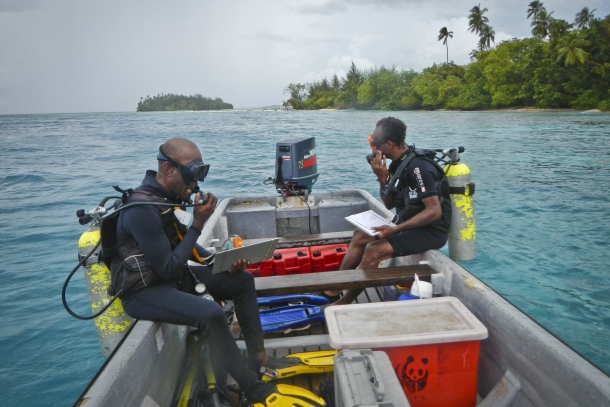 Researchers prepare to dive in Solomon Islands (Photo from Coral Triangle Initiative)