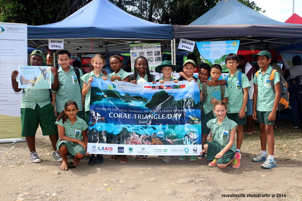 Students join in the annual observance of Coral Triangle Day in Solomon Islands.
