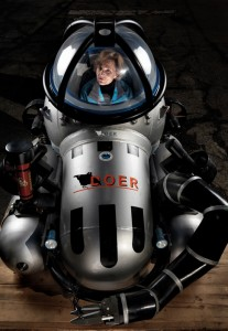 Sylvia Earle has spent nearly a year of her life diving beneath the ocean. Today the legendary 77-year-old explorer fights for marine sanctuaries. (Photo from: National Geographic)